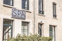 © spa des clos | façade spa des clos Chablis